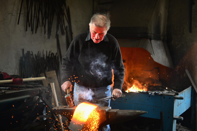 Calum Stealag Macleod in his workshop in 2014.