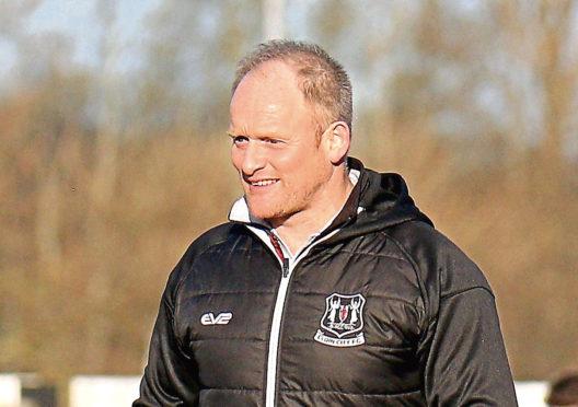 Elgin manager Gavin Price