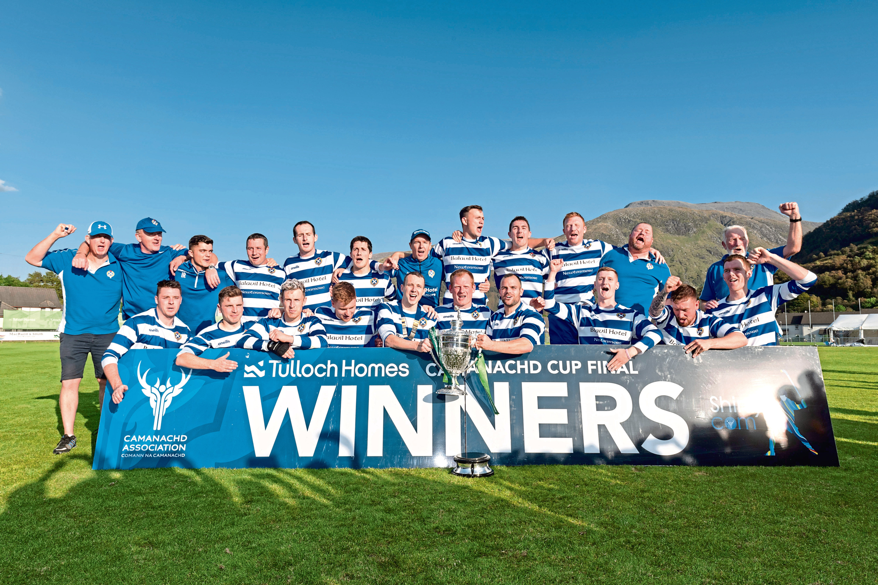 The victorious Newtonmore team.
