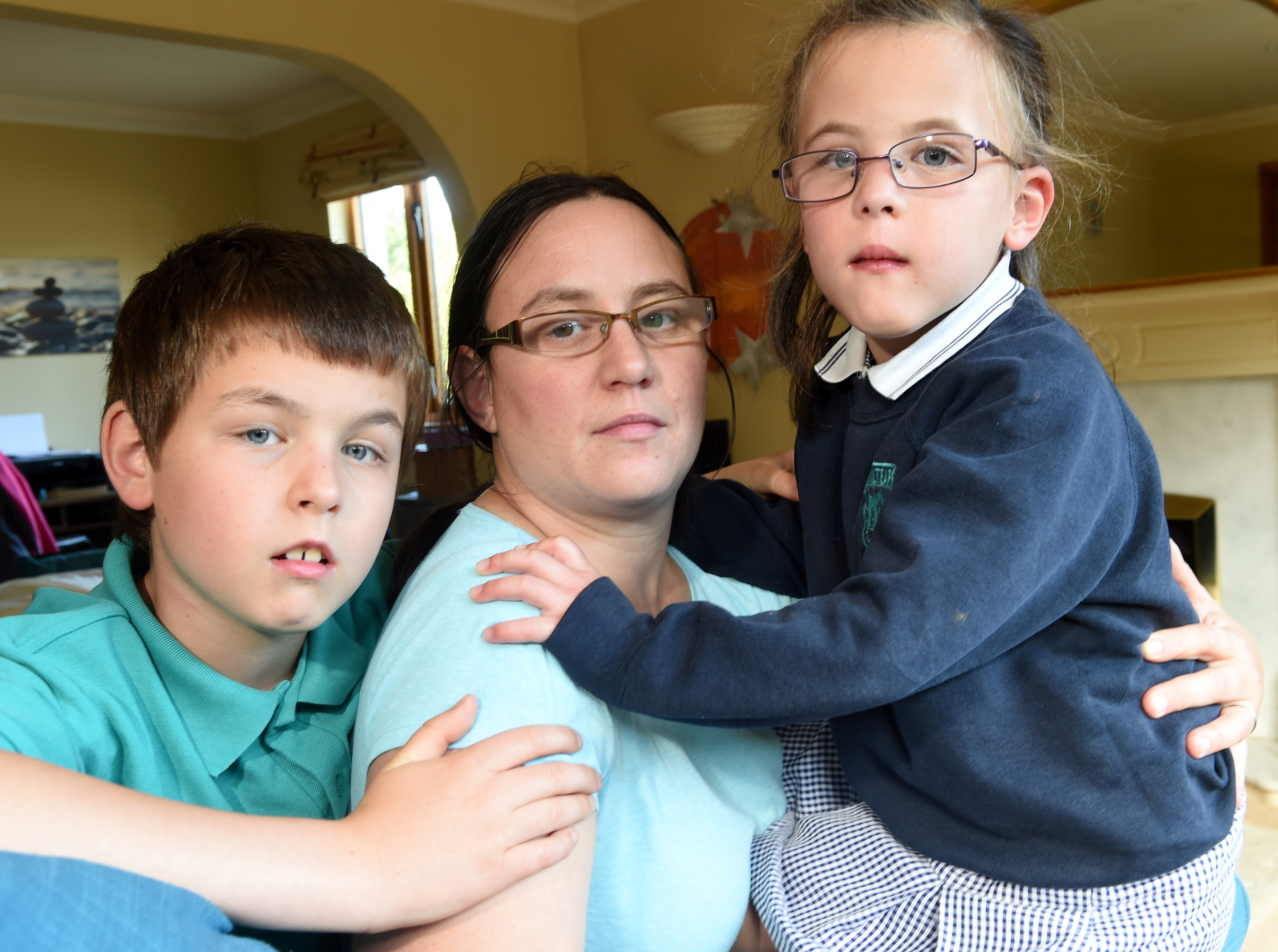 Susan Crookes of Evanton with her children Benjamin and Hannah. Picture by Sandy McCook.