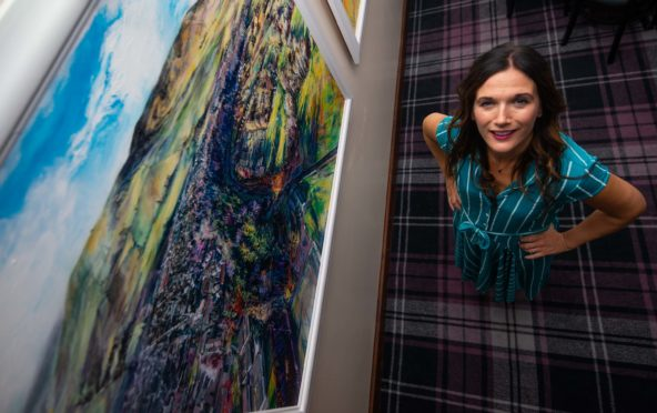 Gray's School of Art alumni Donna Irvine launches her latest art exhibition entitled, 'Paint The Town',
