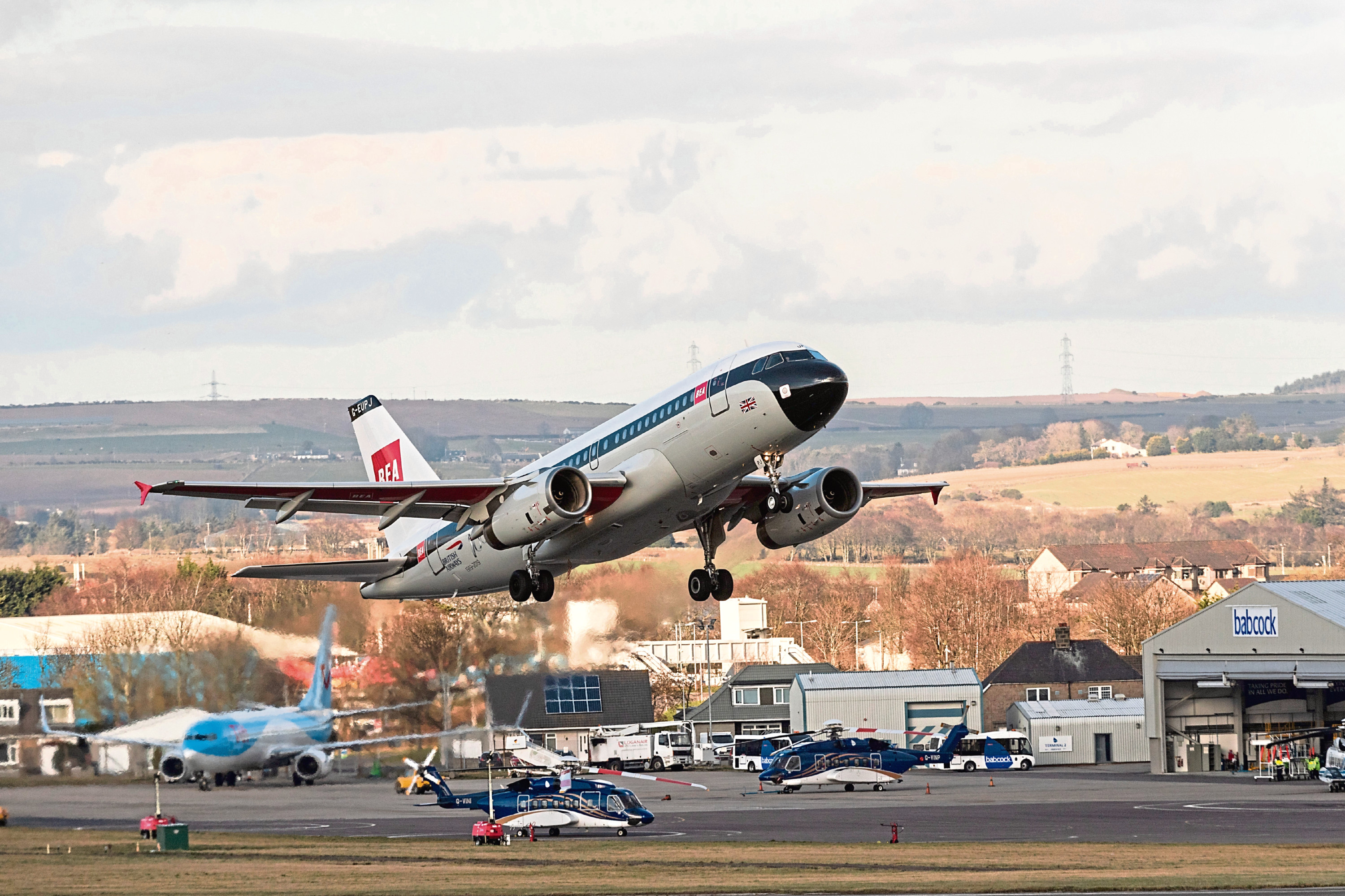 Flight takes off from Aberdeen Airport before lockdown