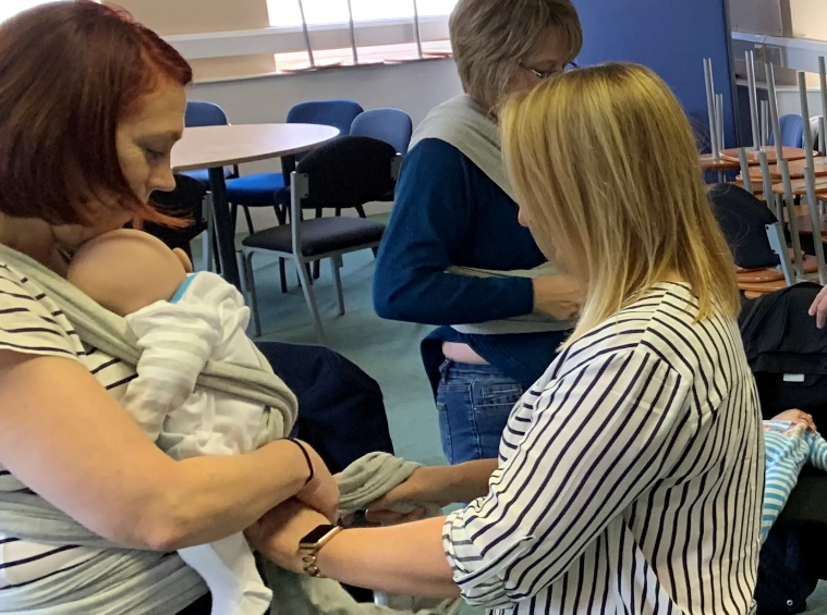 Six members of Aberdeen Maternity Hospital staff have been trained show parents how to use the Baby Box stretchy wrap.
