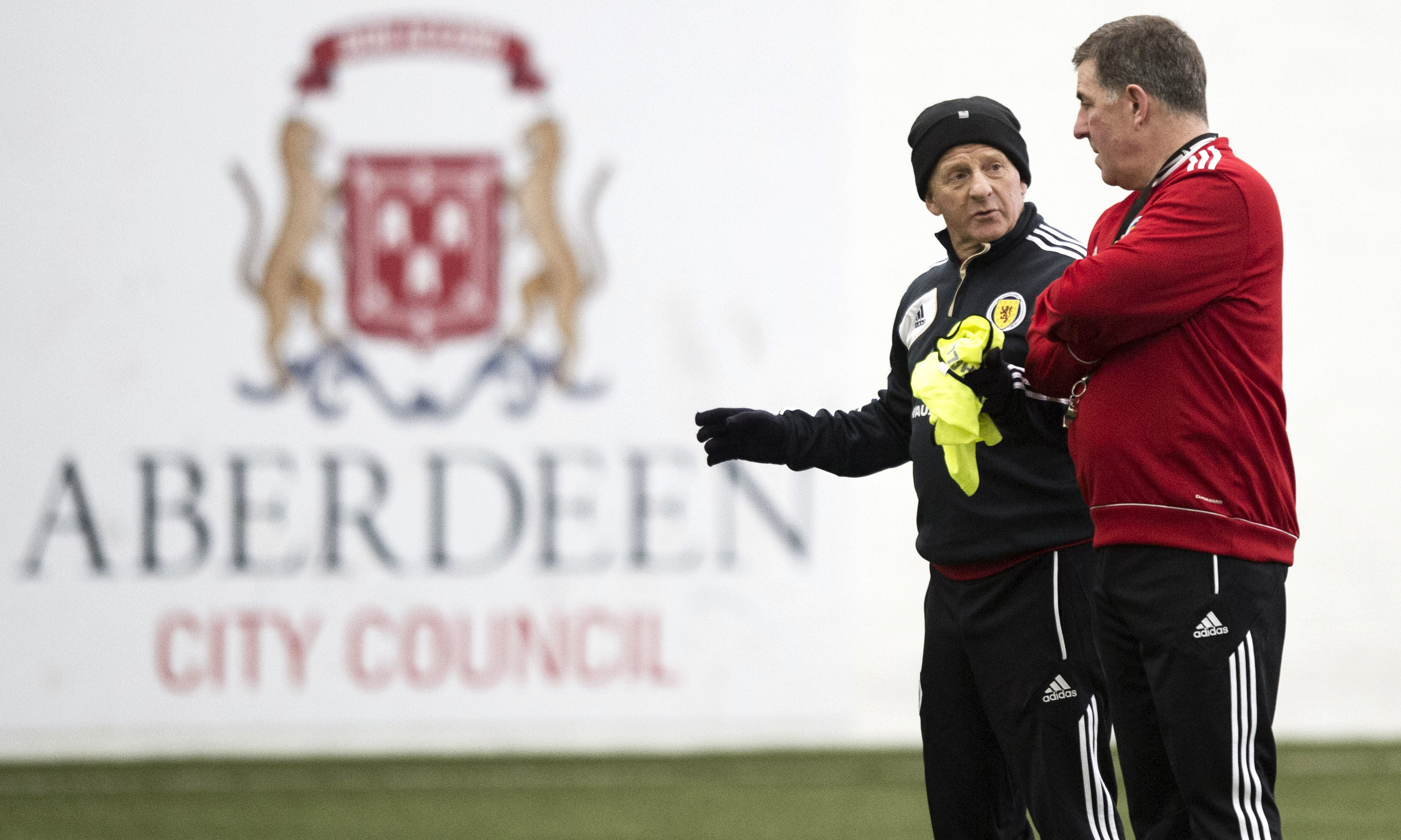Gordon Strachan speaks to assistant Mark McGhee during their time in charge of Scotland.