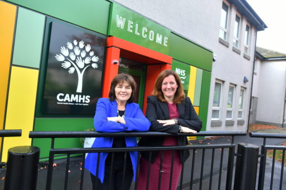 Jeane Freeman and Dr Lynne Taylor at the opening of the new CAHMS facility