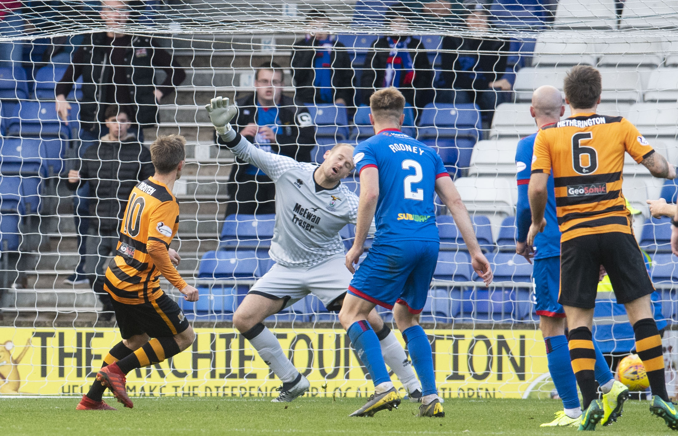 Alloa's Alan Trouten (L) scores to make it 2-2 during the Ladbrokes Championship match between Inverness CT.
