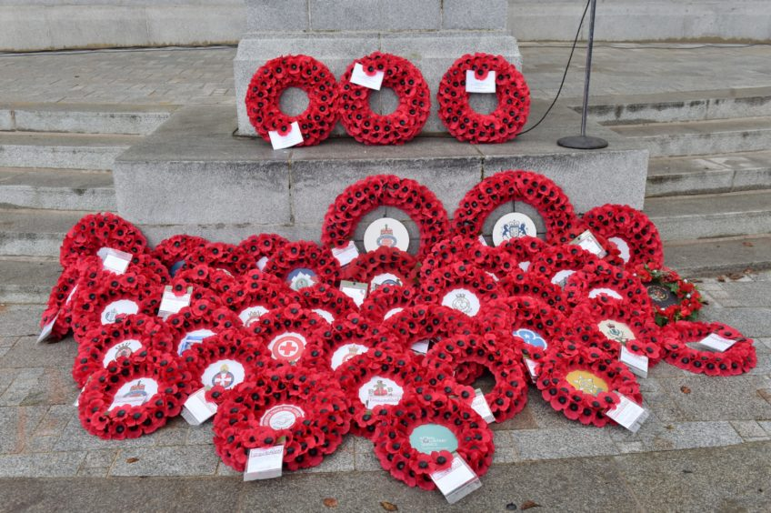 Aberdeen Remembrance Sunday Day  Picture by KENNY ELRICK