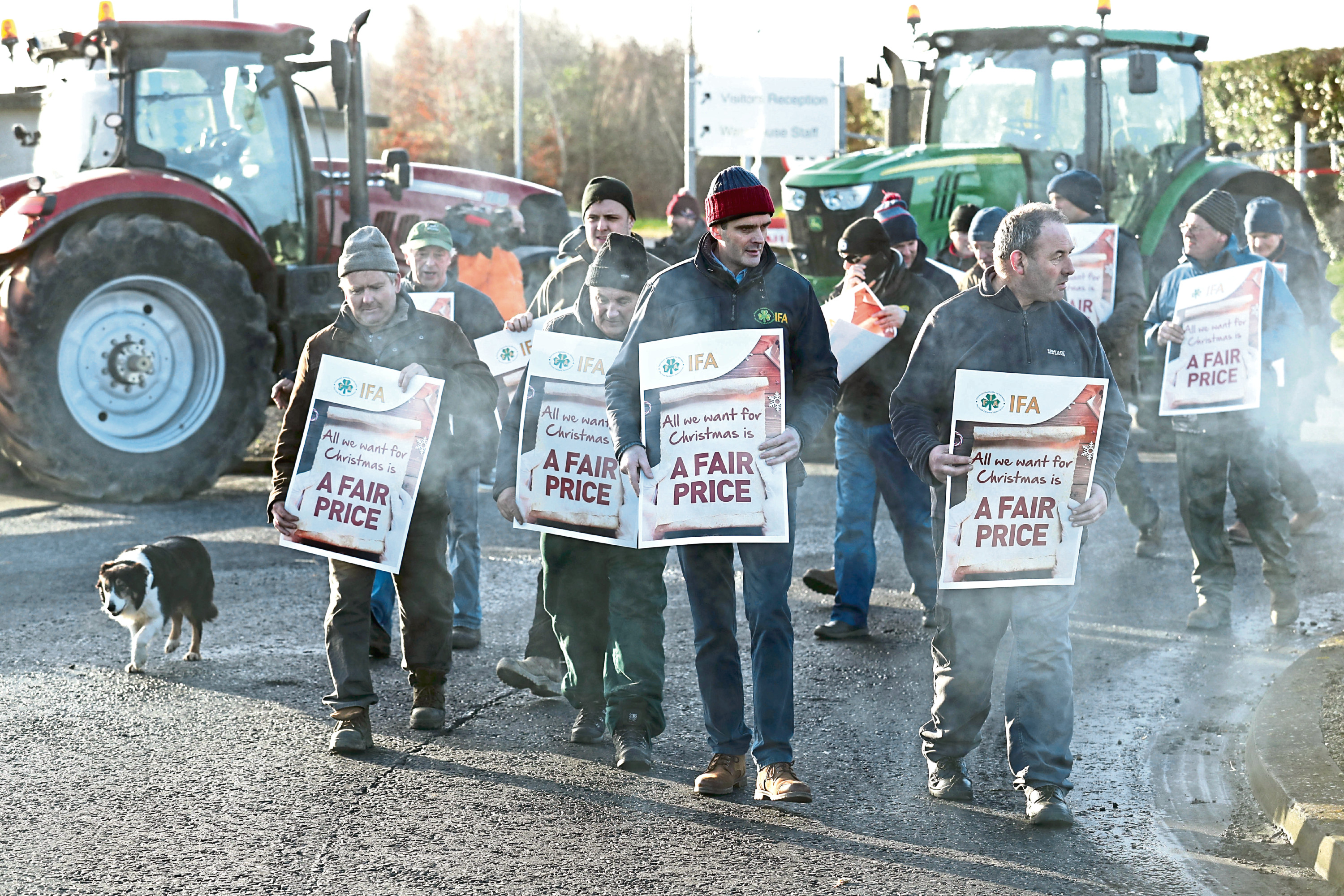 The farmers at the blockade.