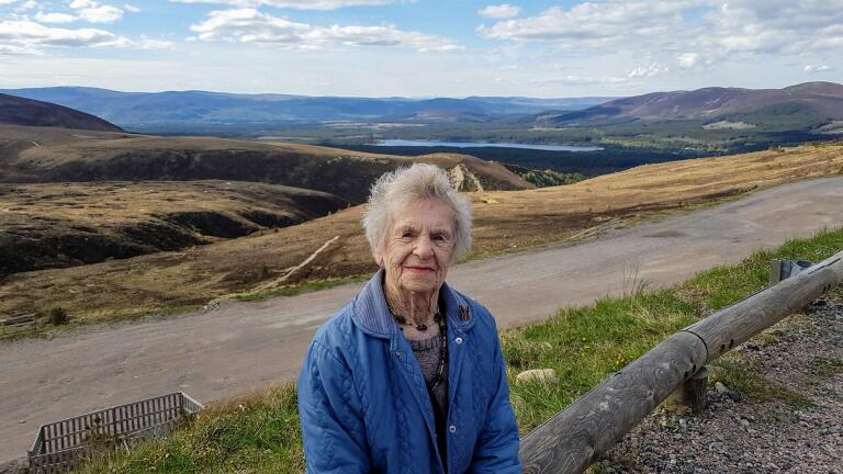 Isobel Harling has tended war graves in Kingussie since the 1940s.