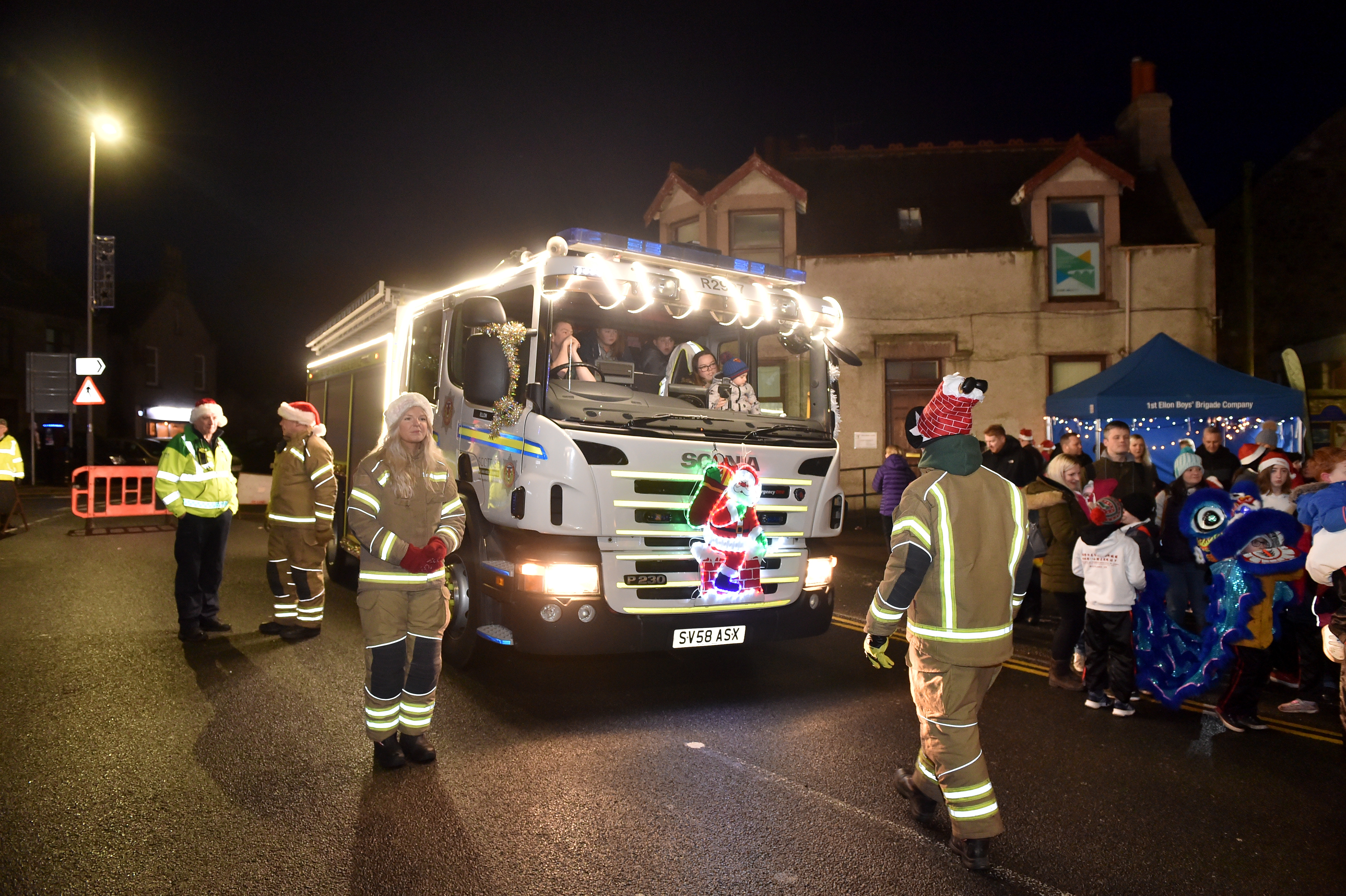 The Ellon Christmas Lights switch-on parade.   Picture by Scott Baxter