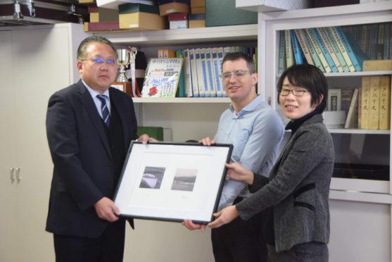 Satoru Yonemoto (Headteacher, Yubari Primary School), Dr Leslie Mabon, and Manami Sato. At Yubari Primary School in January 2020