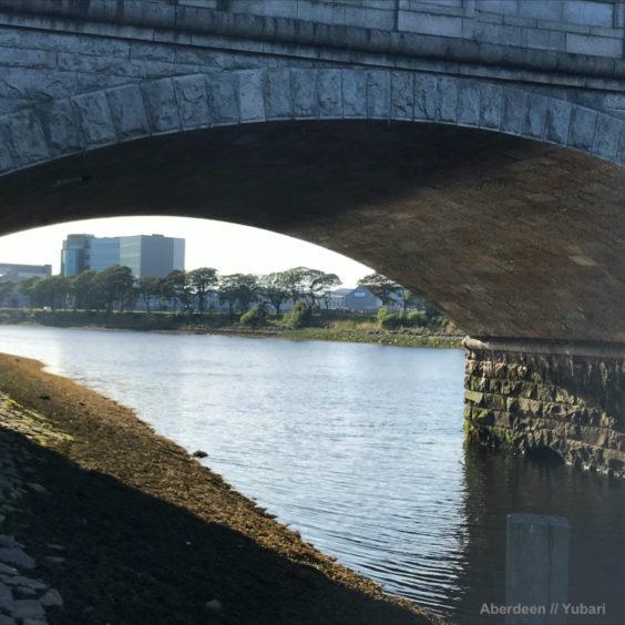 The winning photo of the Victoria Bridge over the River Dee.   © David Fryer