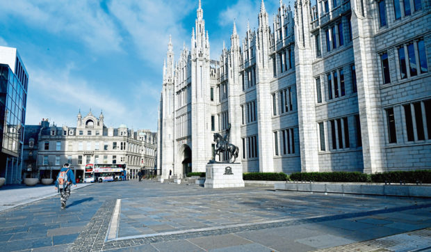 CR0015274  Locator of The fountain at Marischal College which has been turned off over fears that the water contains chemicals.  Pic by...............Chris Sumner Taken...............21/10/19