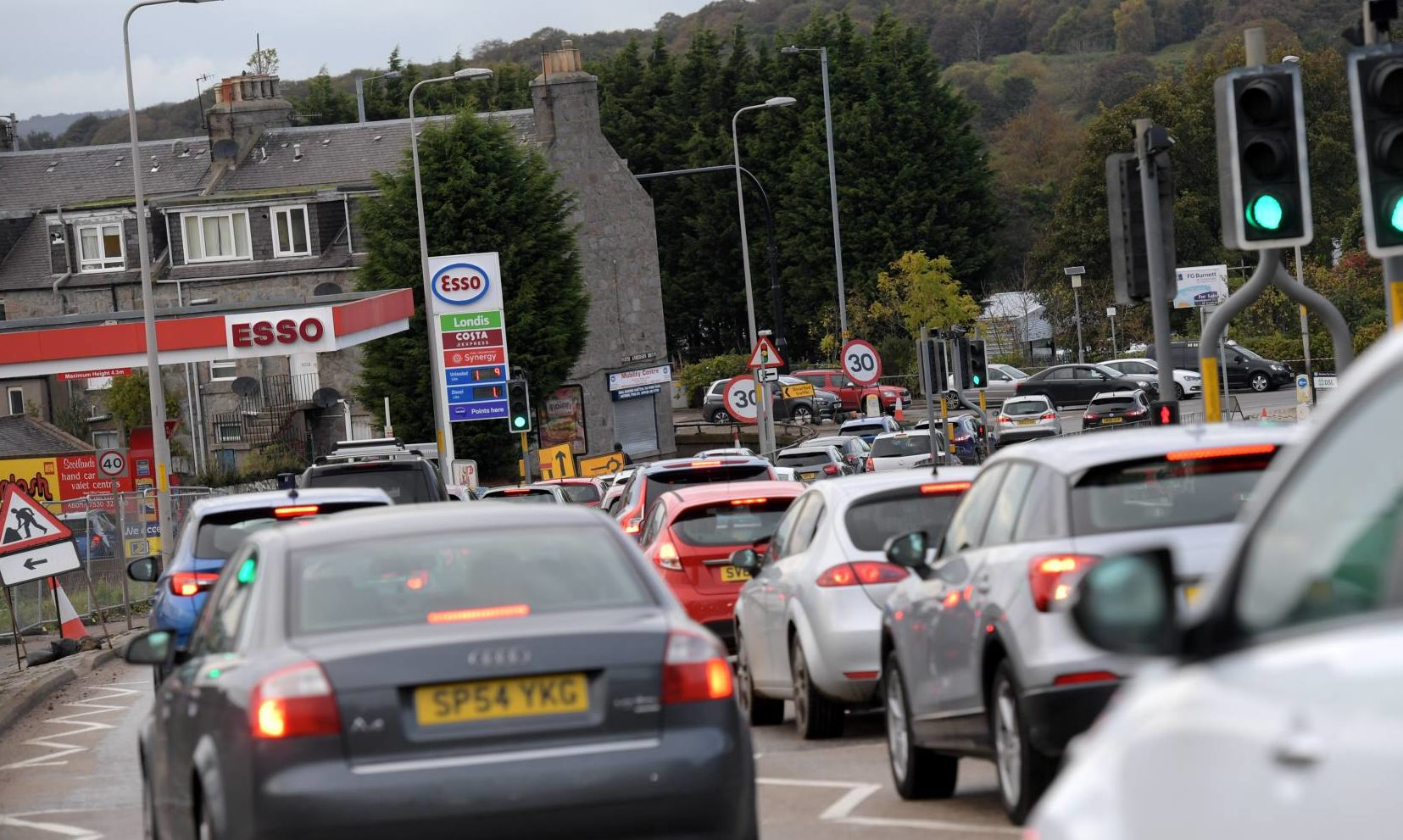 Traffic at a standstill at the Haudagain roundabout. Picture by Kath Flannery.