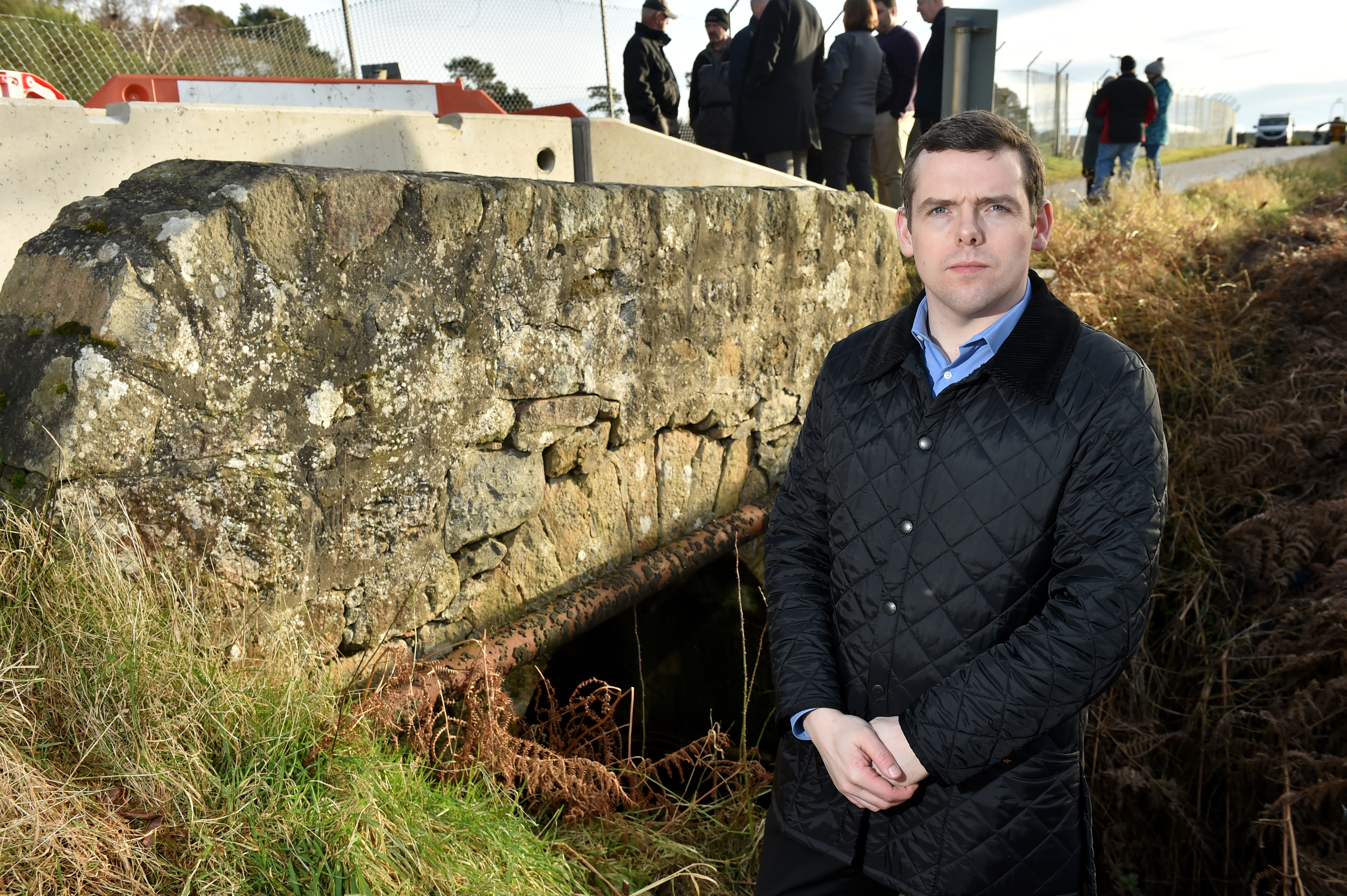 Douglas Ross MP met Heldon Community Council at Foths Bridge where the crossing was closed in November.  Picture by Kenny Elrick.