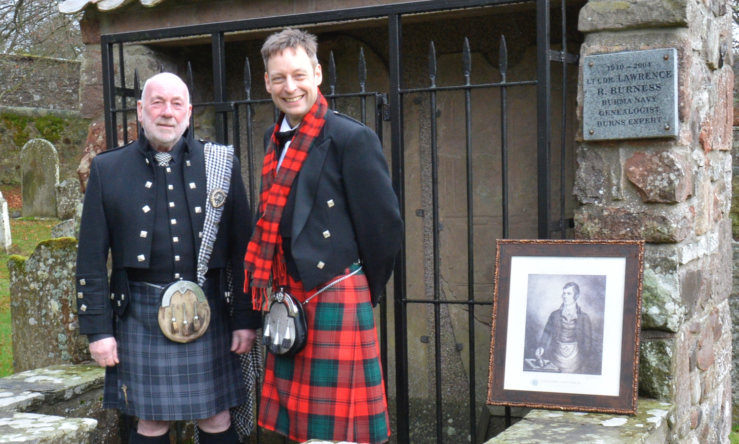 Mearns Heritage Service founder Dave Ramsay, left, and Liam Kerr MSP, right