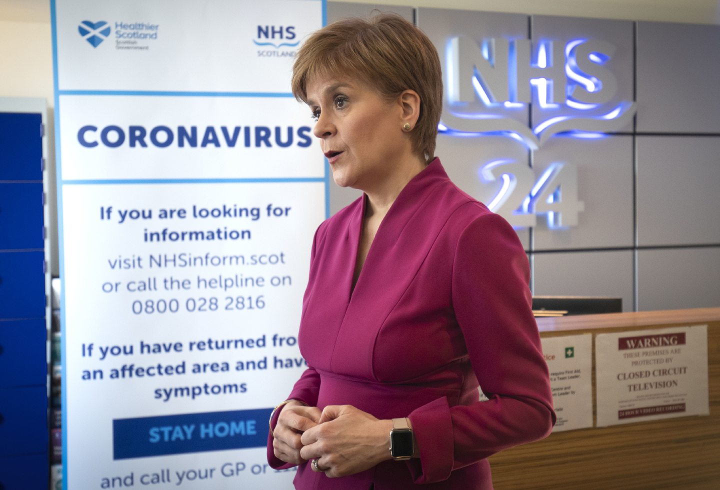 First Minister Nicola Sturgeon speaking during a visit to the NHS 24 contact centre at the Golden Jubilee National Hospital in Glasgow to meet staff supporting Scotland's public information response to coronavirus (COVID-19). PA Photo. Picture date: Wednesday March 4, 2020. See PA story HEALTH Coronavirus Sturgeon. Photo credit should read: Jane Barlow/PA Wire