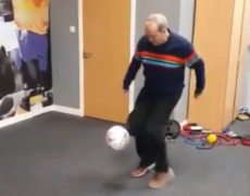 WATCH: Ross County chairman Roy MacGregor takes on club's keepy-up challenge