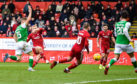 Curtis Main makes it 3-1 to his side during the Ladbrokes Premiership match between Aberdeen and Hibernian.