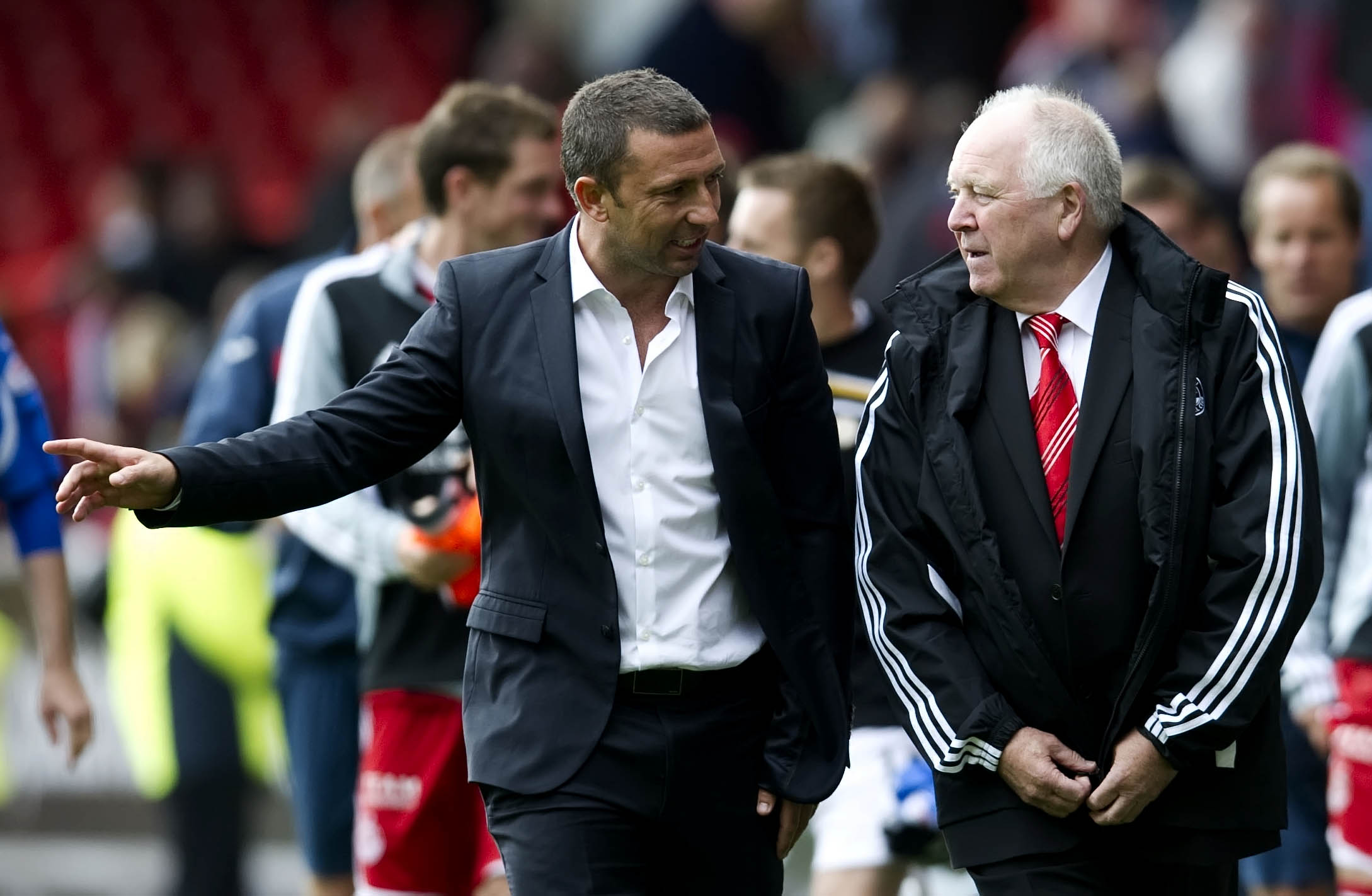 Derek McInnes chats with Dons counterpart Craig Brown when McInnes was still at St Johnstone in 2011.