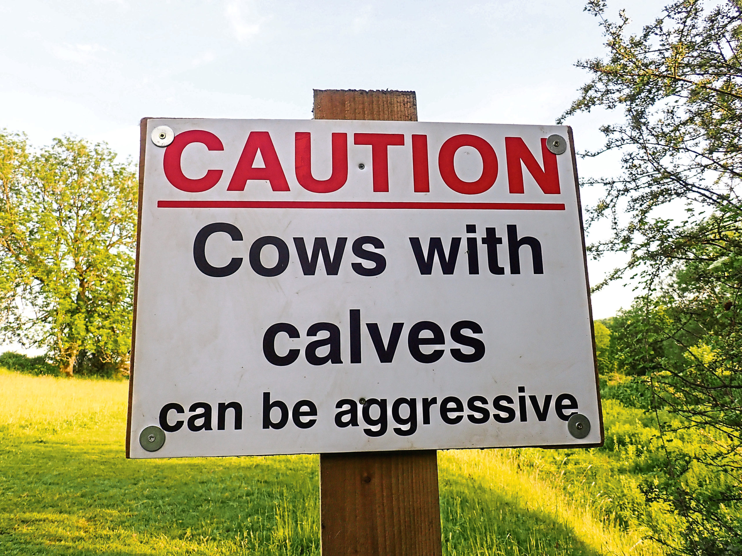 Farmers are being encouraged to erect helpful signs for walkers who may want to access their land.