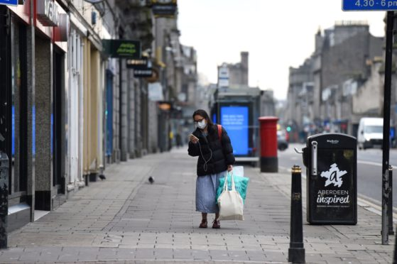 Union street Aberdeen  Picture by Paul Glendell  24/03/2020
