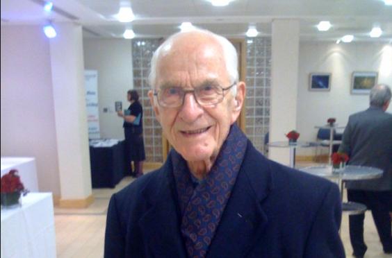 Dr Alfred William Frankland