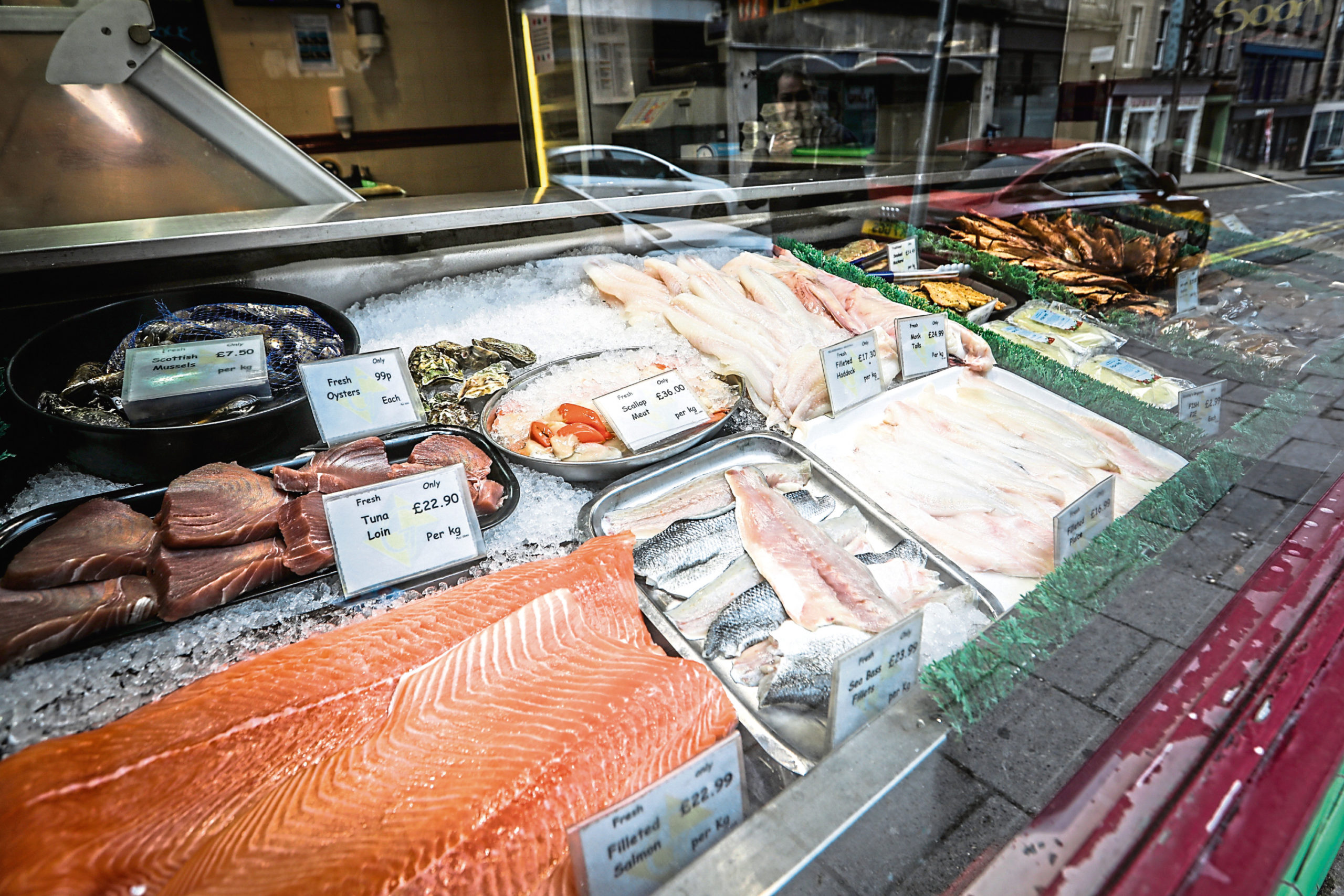 Seafood Scotland wants supermarkets to open their fish counters