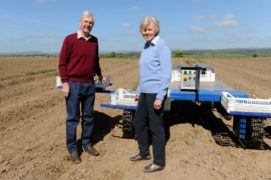 Sandy and Heather Pattullo with their asparagus crops.