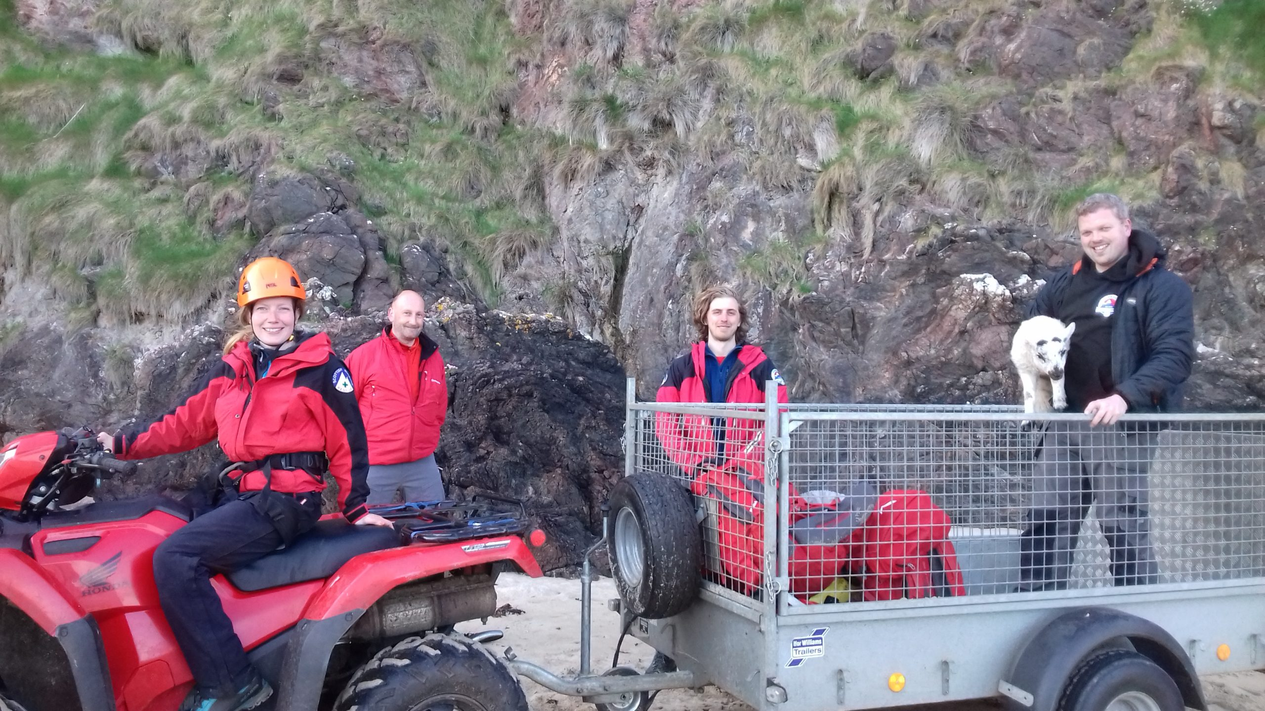 Hebrides Mountain Rescue Team assisted in the operation to rescue the injured lamb