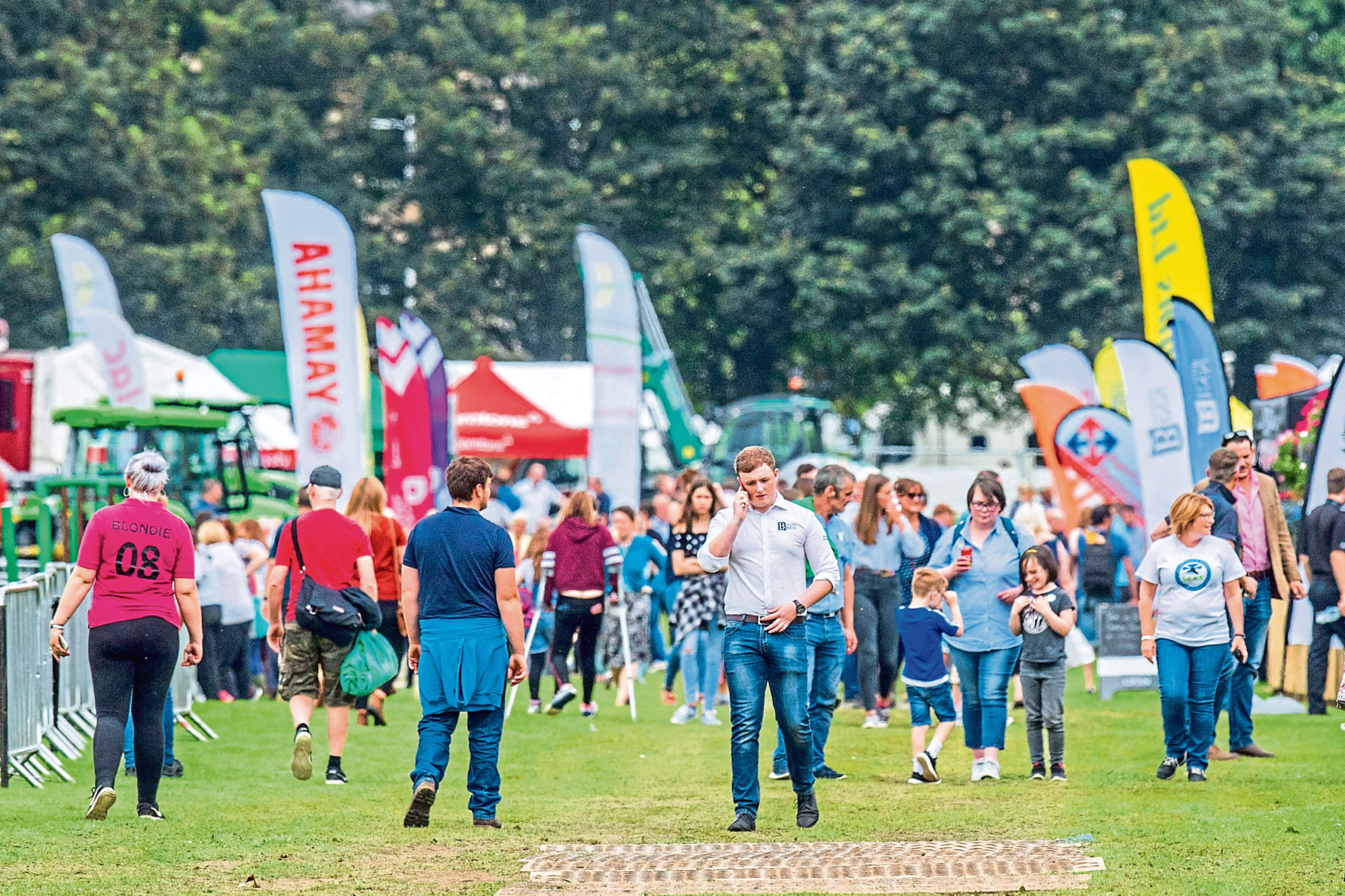 The virtual show aims to bring members of the farming community together in the way they usually would at summer shows.