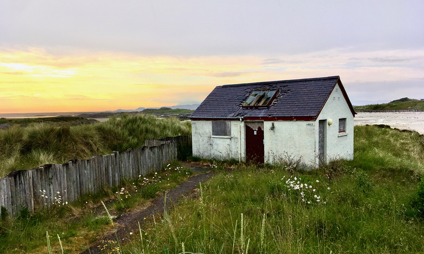 The dilapidated public toilet building at Traigh beach will make way for a new public toilet under t