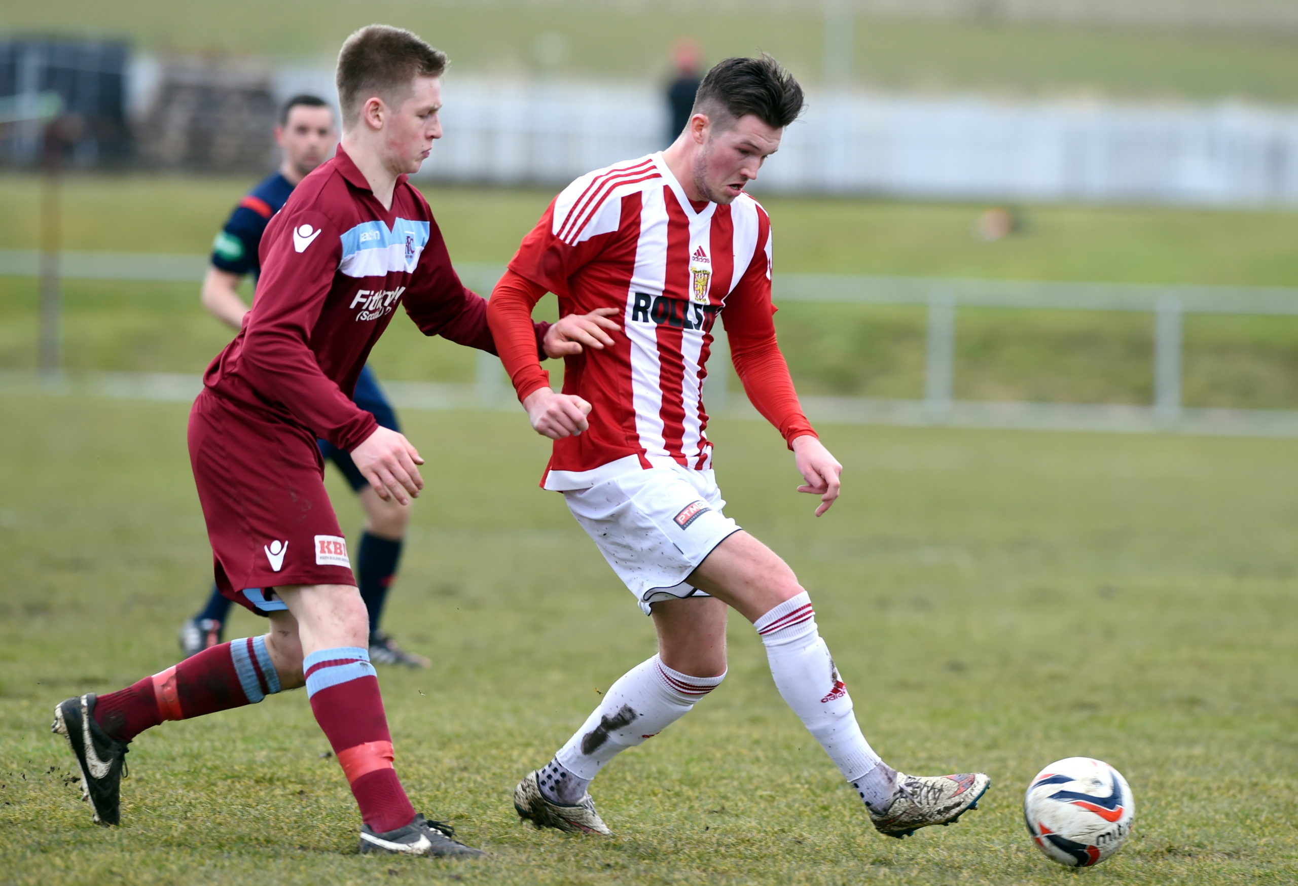 Hamish Ritchie (left) in action for Keith against Formartine United's Jamie Masson in 2016