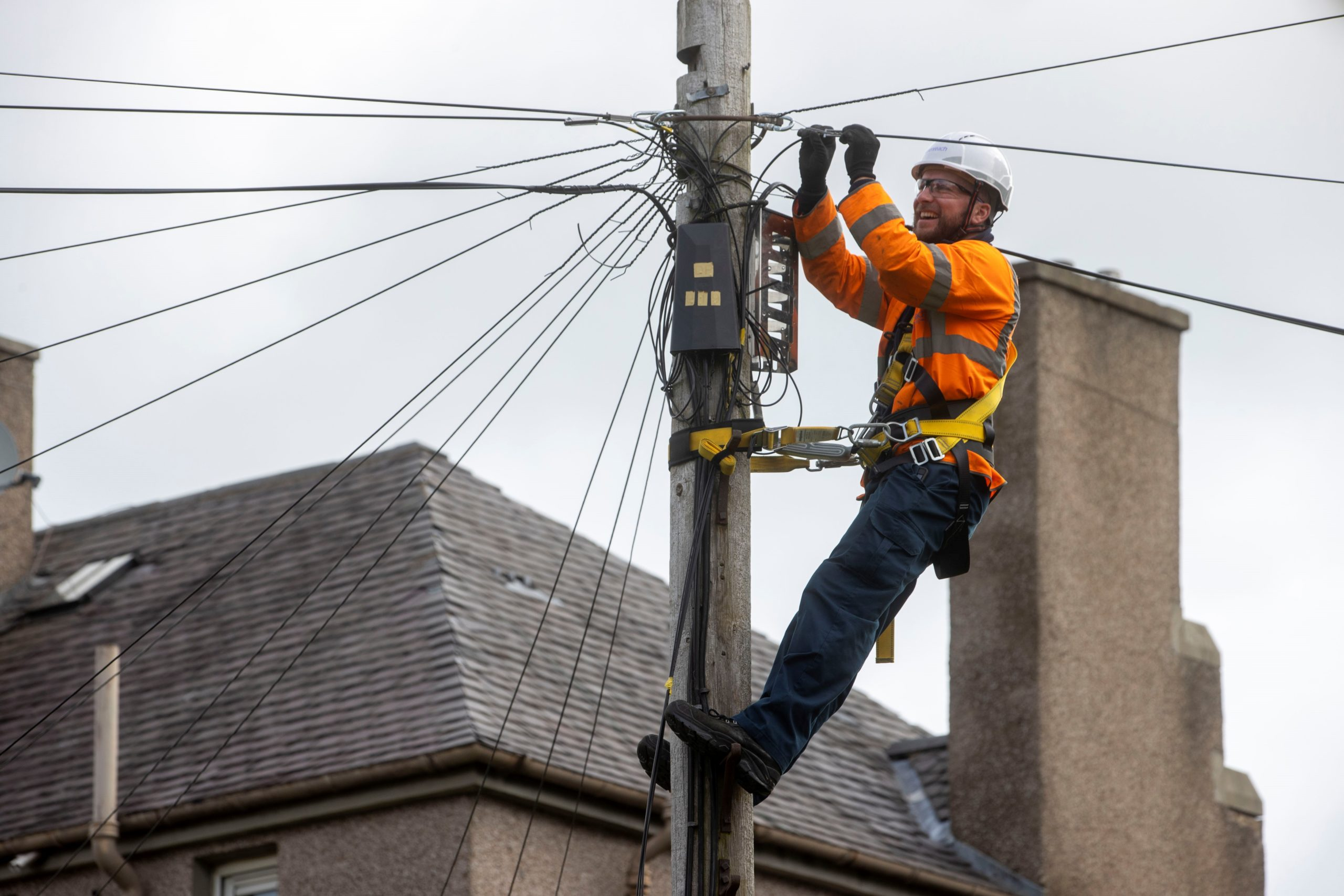 "New full fibre broadband is to rolled out in the north and north-east's ""harder to reach"" towns and villages."