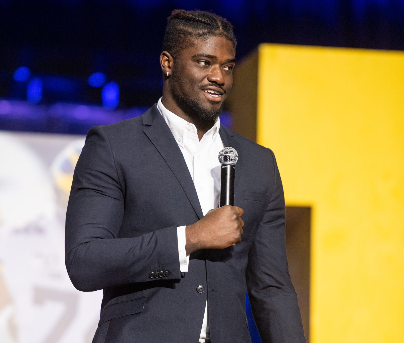 Michigan Football's annual Shemmys award ceremony at Crisler Center in Ann Arbor, Mich. on Dec. 15, 2019. David Ojabo, of Westhill, on stage.