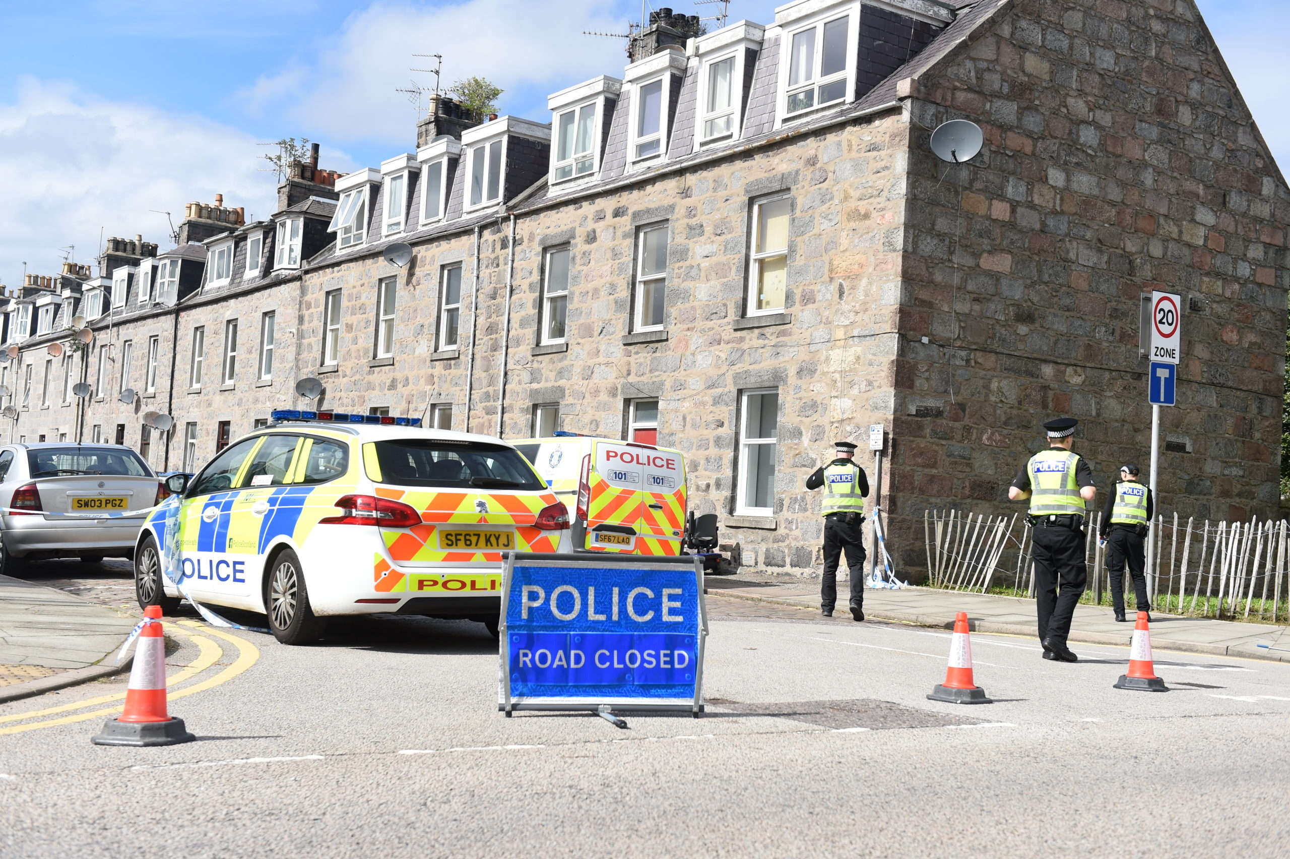 Jasmine Terrace remained sealed off by police last night.  Picture by Paul Glendell.