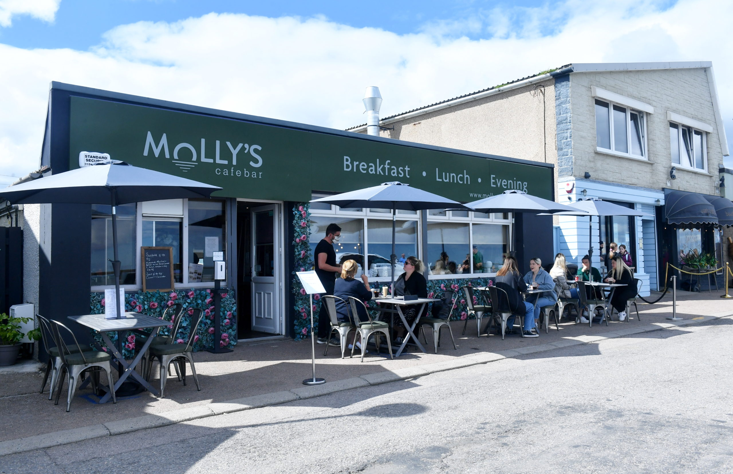 Molly's Cafe Bar, Stonehaven.
