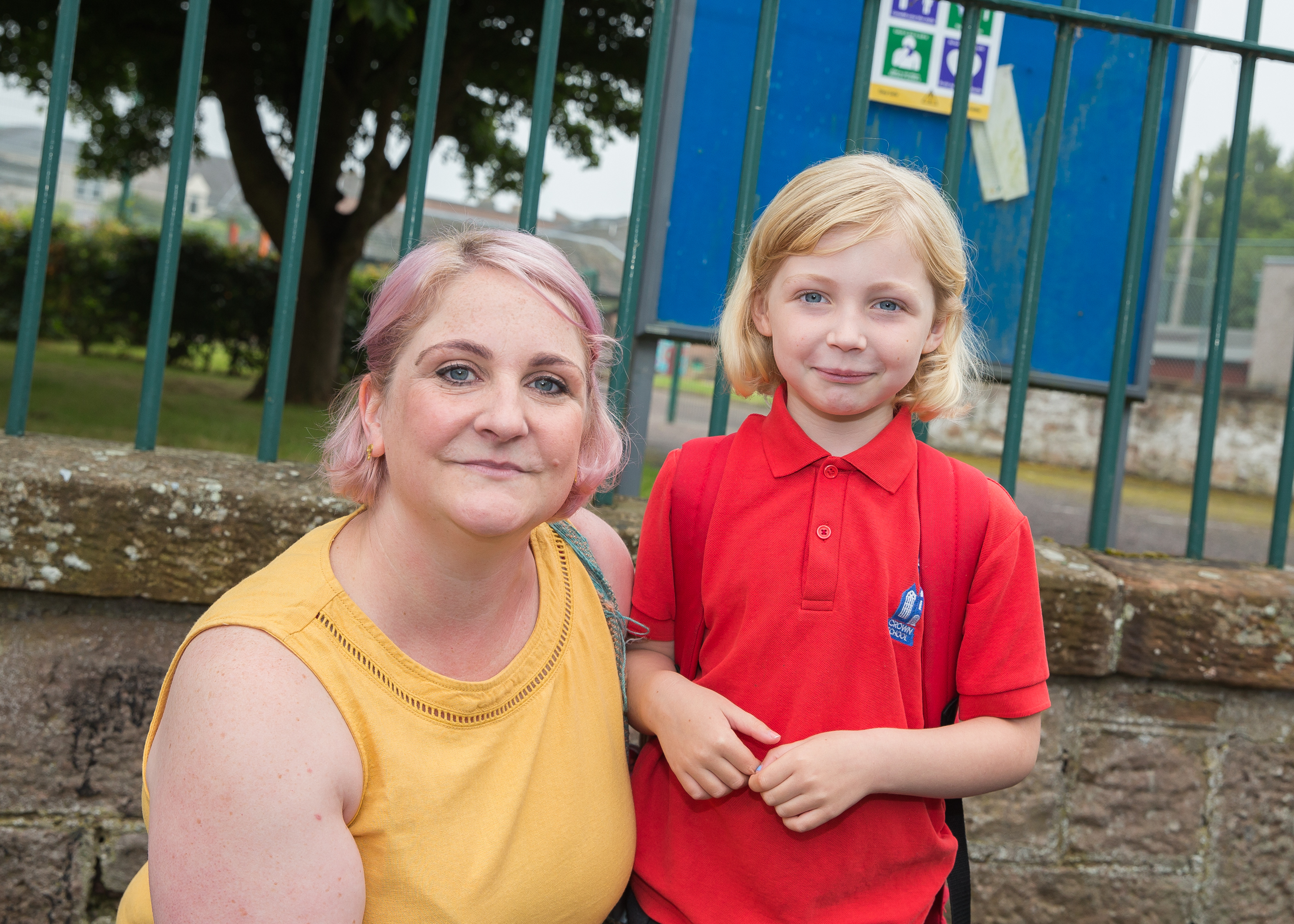Lindsay Dunbar with daughter Millie who is going into P3 at Crown Primary. Picture by Paul Campbell