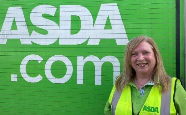 Asda Elgin home shopping driver Wendy McNaian marks 25 years with the supermarket.