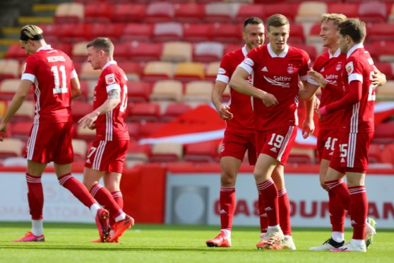 Aberdeen made it five wins in a row after beating Kilmarnock