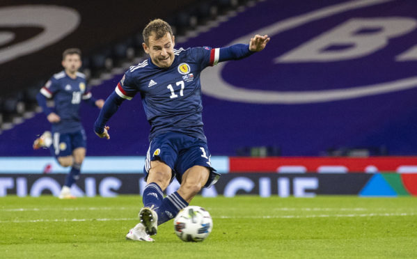Ryan Fraser scores for Scotland against Czech Republic.