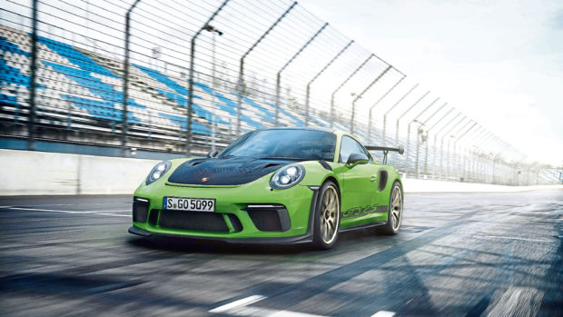 The Porsche 911 GT3 RS should be at the top of everyone's shopping list for a day out on the race track