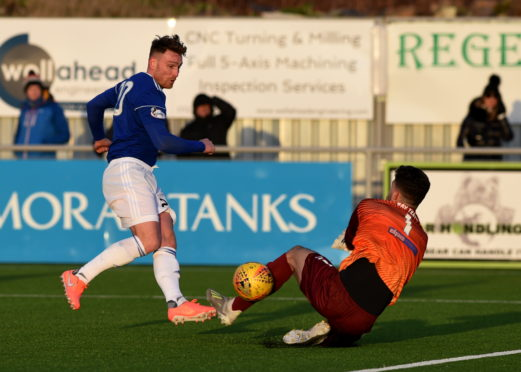 Josh Rae, right, in action for Cowdenbeath