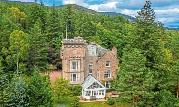 Tullich Lodge