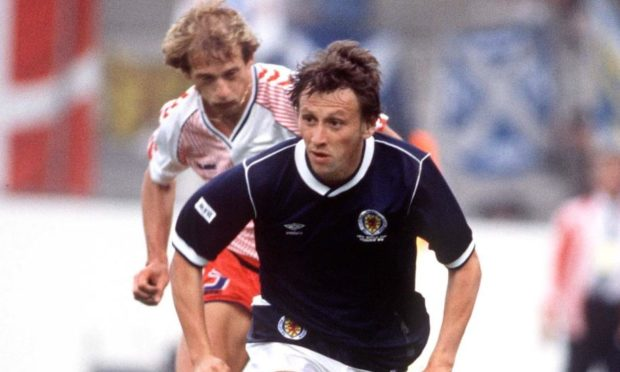 Paul Sturrock in action for Scotland against Denmark at the 1986 World Cup.