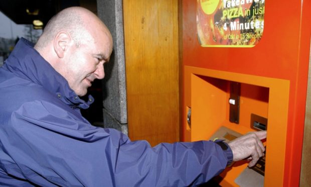 Scotland's real first pizza vending machine... in Mannofield in 2004.