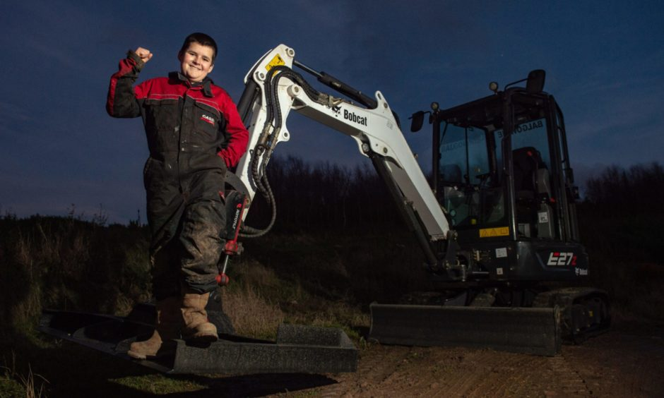 13-year-old Jamie Currie has become the youngest qualified digger driver in the country.