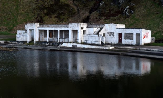 The Friends of Tarlair have received more funding to help with repairs.