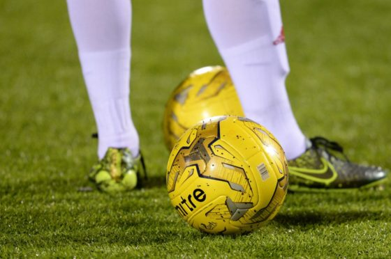 The North Caledonian League has been stopped until February 6.