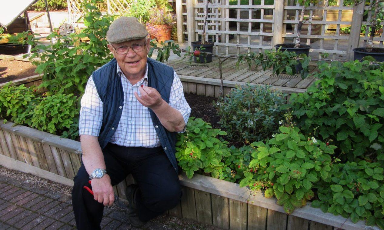 Mr McColl on the set of Beechgrove Garden in 2017.